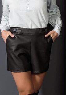 Shorts Frente Couro Preto