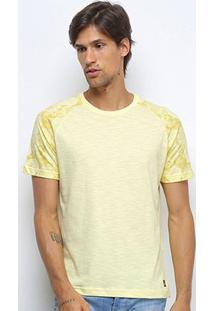 Camiseta Canal Surf Camuflada Manga Curta Masculina - Masculino-Amarelo
