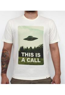This Is A Call - Camiseta Clássica Masculina