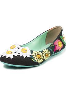 Sapatilha Cupcakes Shoes Bico Redondo Jardim Encantado Preto Com Flores
