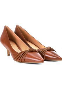 Scarpin Couro Shoestock Salto Baixo Nó - Feminino-Caramelo