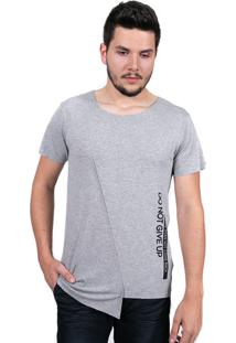 Camiseta Baiki Badhai Fenda Transversal Cinza