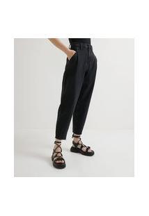 Calça Baggy Jeans Com Pregas Frontais E Barra Corte A Fio