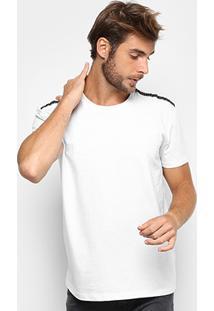 Camiseta Triton Aplique Ombro Masculina - Masculino