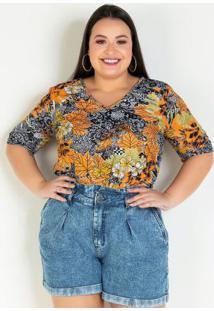 Blusa Floral Com Barra Arredondada Plus Size