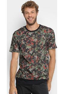 Camiseta Triton Camuflada Masculina - Masculino-Verde