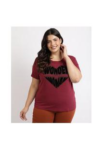 Blusa Feminina Plus Size Mulher Maravilha E Coração Manga Curta Decote Redondo Vinho