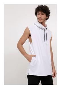 Camiseta Com Capuz Alongada