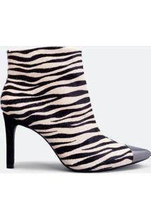 Bota Feminina Animal Print Zebra Em Couro Com Bico Fino Satinato