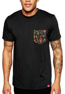Camiseta Wevans Bolso Aplique Old School Preto