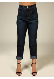 Calça Mom Jeans Escura Com Pregas Na Cintura