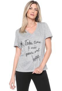 Camiseta Morena Rosa Aplicações Cinza
