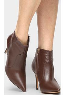 Bota Couro Shoestock Curta Salto Fino Feminina - Feminino-Marrom