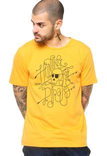 Camiseta Manga Curta Cavalera Estampada Amarela