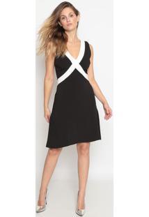 Vestido Texturizado Com Recortes- Preto & Branco- Cacalvin Klein