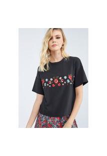 T-Shirt Reta Com Bordados Lança Perfume Camiseta Preto