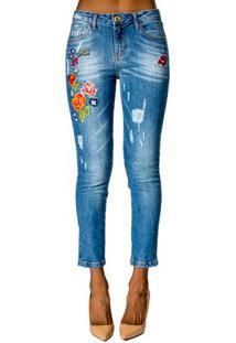 d04bd68ca8 ... Calça Jeans Com Bordado Alphorria