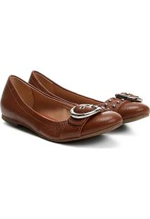 Sapatilha Couro Shoestock Fivela Tachas Feminina - Feminino-Caramelo