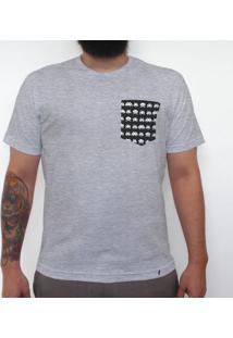 Space Invaders - Camiseta Clássica Com Bolso Masculina