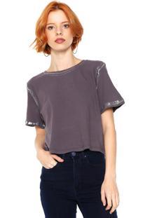 Camiseta Cropped Lança Perfume Detalhe Metalizado Cinza