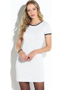 Vestido Clássico Branco E Preto Com Cirrê