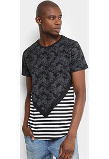 Camiseta Overcore Caveiras Listras Masculina - Masculino-Preto