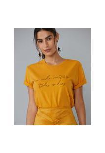 Amaro Feminino T-Shirt Slim Fit A Vida Acontece Todos Os Dias, Amarelo