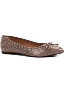 Sapatilha Shoestock Matelassê Verniz Feminina - Feminino-Nude
