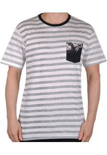 Camiseta Mcd Flower Fish Ii - Masculino