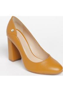 Sapato Tradicional Em Couro Com Recorte- Amarelo Escuro