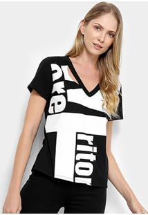 Camiseta Triton Gola V Maxi Letters Feminina - Feminino-Preto