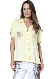Camisa Moché Hot Fix Bolso - Feminino-Amarelo