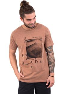 Camiseta Limits Laundry Skate Pool Marrom