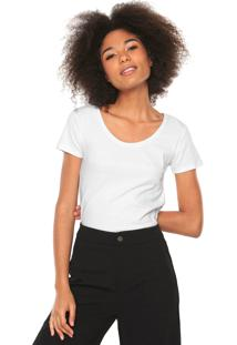 67d36ca3c Dafiti. Camiseta Calvin Klein Jeans Logo Branca