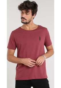 Camiseta Masculina Com Bordado De Pena Manga Curta Gola Careca Vinho