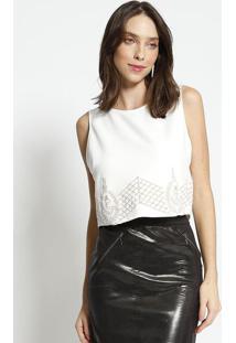 Blusa Cropped Com Bordado - Branca & Bege - Mobmob