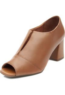Ankle Boot Pattini Em Couro Abertura Frontal Caramelo