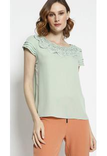 Blusa Com Detalhe De Renda- Verde Claro- Milioremiliore