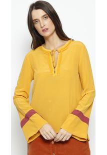 Blusa Em Seda Com Recortes- Amarela & Bordôbobstore