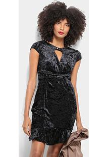 Vestido Pérola Evasê Curto Veludo Decote - Feminino-Preto