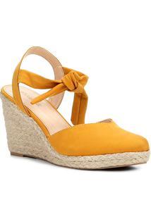 Sandália Anabela Couro Shoestock High Vamp Feminina - Feminino-Amarelo