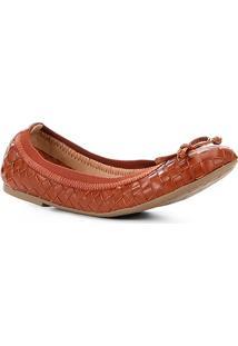 Sapatilha Shoestock Transpassada Feminina - Feminino-Caramelo