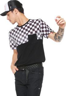 Camiseta Ride Skateboard Manga Curta Xadrez Race Preta/Branco