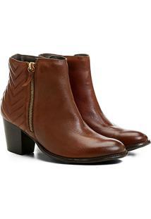 Bota Couro Cano Curto Shoestock Matelassê Feminina - Feminino-Caramelo
