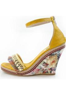 Sandália Vegano Shoes Anabela Brovália Amarela