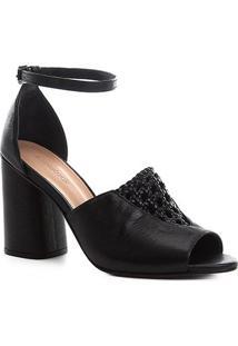 Sandália Couro Shoestock Detalhe Macramê Salto Bloco Feminina - Feminino-Preto