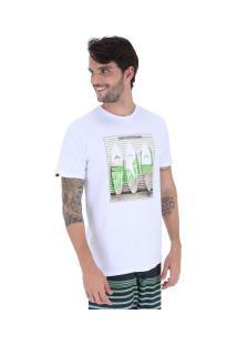 Camiseta Rusty Silk Surfwall Sb - Masculina - Branco