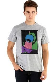 Camiseta Ouroboros Manga Curta Theyarewatchingus - Masculino-Cinza