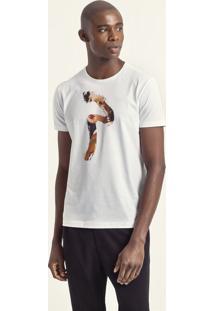 Camiseta Estampa Brinco De Pérola