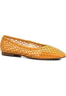 Sapatilha Couro Shoestock Bico Redondo Vazada Feminina - Feminino-Mostarda